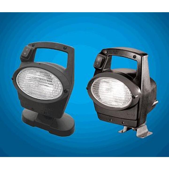 HELLA 996461511 - Oval 100 Halogen Work Lamp - Clear Lens - Close Range - 4 Point Mount - 24V (Black Housing)